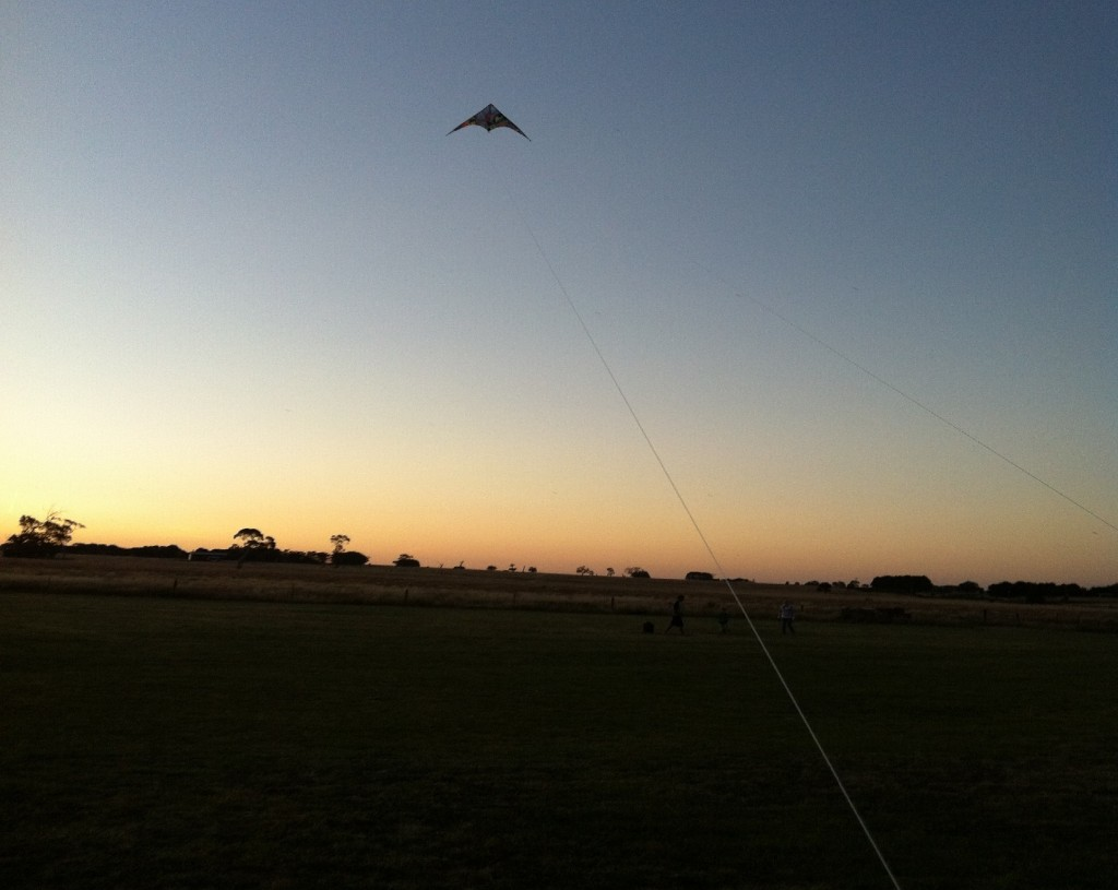 fly a kite country australia summer time